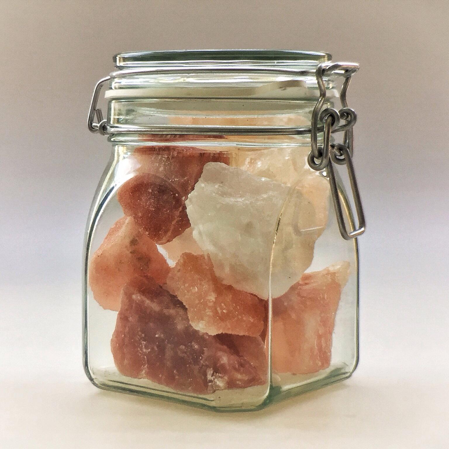 Himalaya Salzkristalle assortiert im Drahtbügelglas