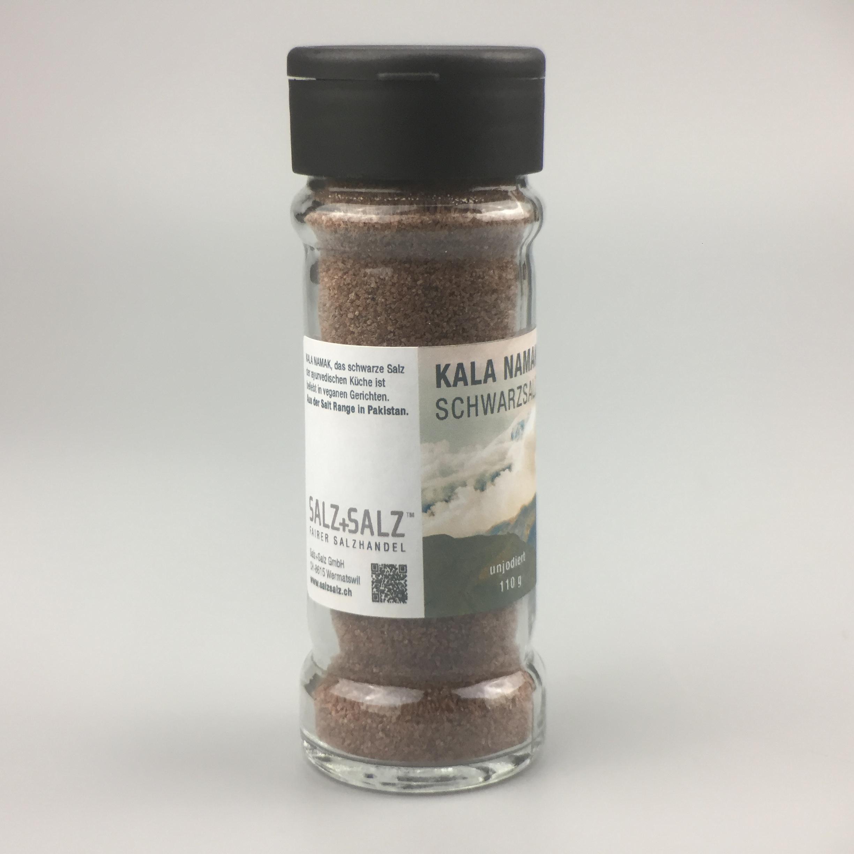 Kala Namak schwarzes Salz fein gemahlen im Salzstreuer